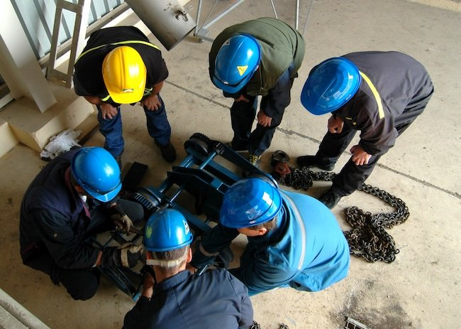 on-site safety training; a mature safety culture requires positive reinforcement