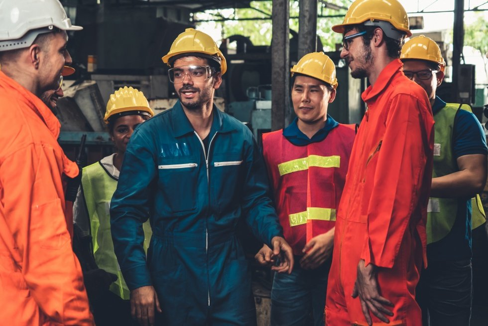 group of workers being effectively trained